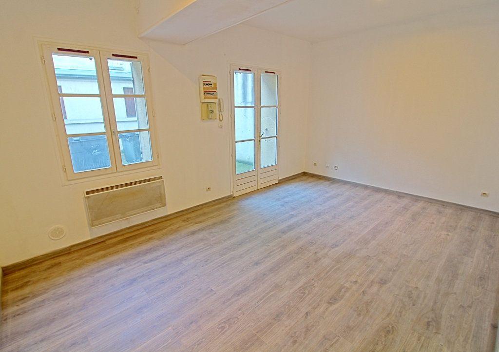Appartement à vendre 2 36.2m2 à Pont-Sainte-Maxence vignette-2