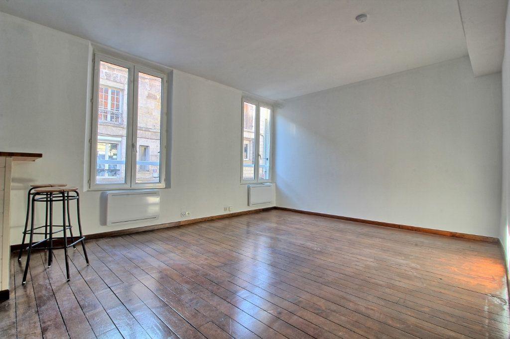 Appartement à louer 2 50m2 à Pont-Sainte-Maxence vignette-1