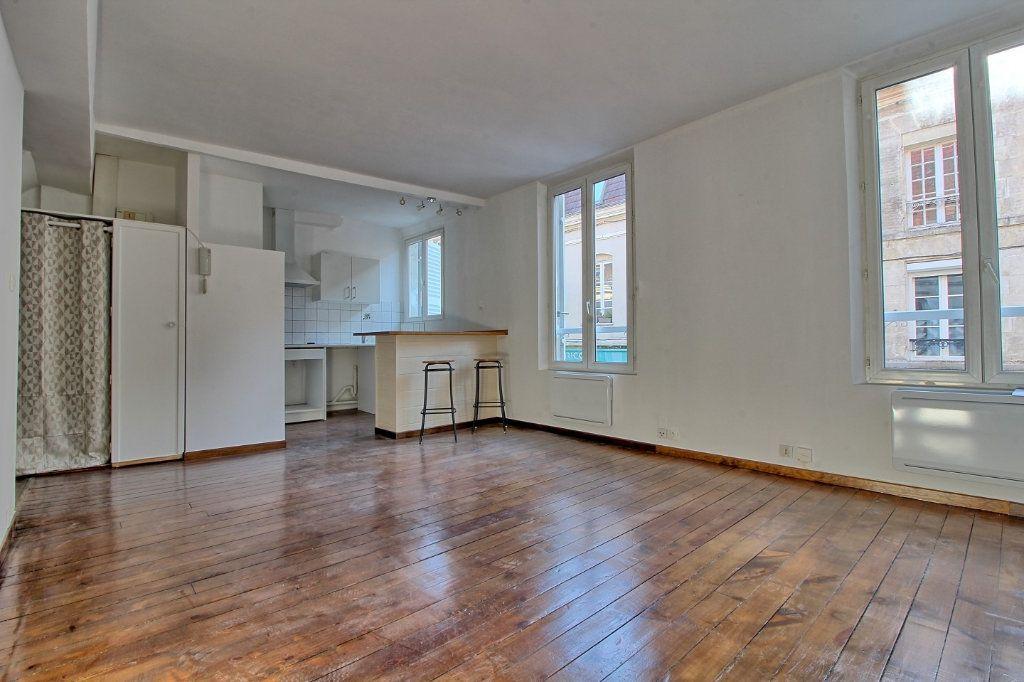 Appartement à louer 2 50m2 à Pont-Sainte-Maxence vignette-2