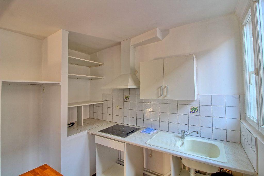 Appartement à louer 2 50m2 à Pont-Sainte-Maxence vignette-3