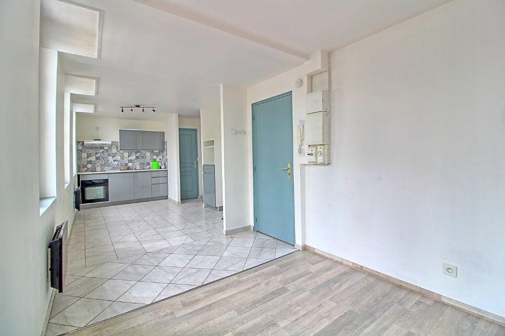 Appartement à louer 2 43m2 à Pont-Sainte-Maxence vignette-4