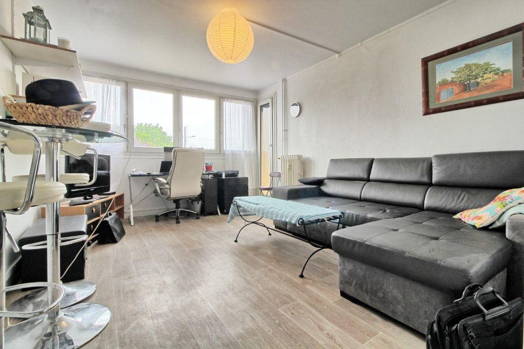 Appartement à louer 3 55m2 à Pont-Sainte-Maxence vignette-2