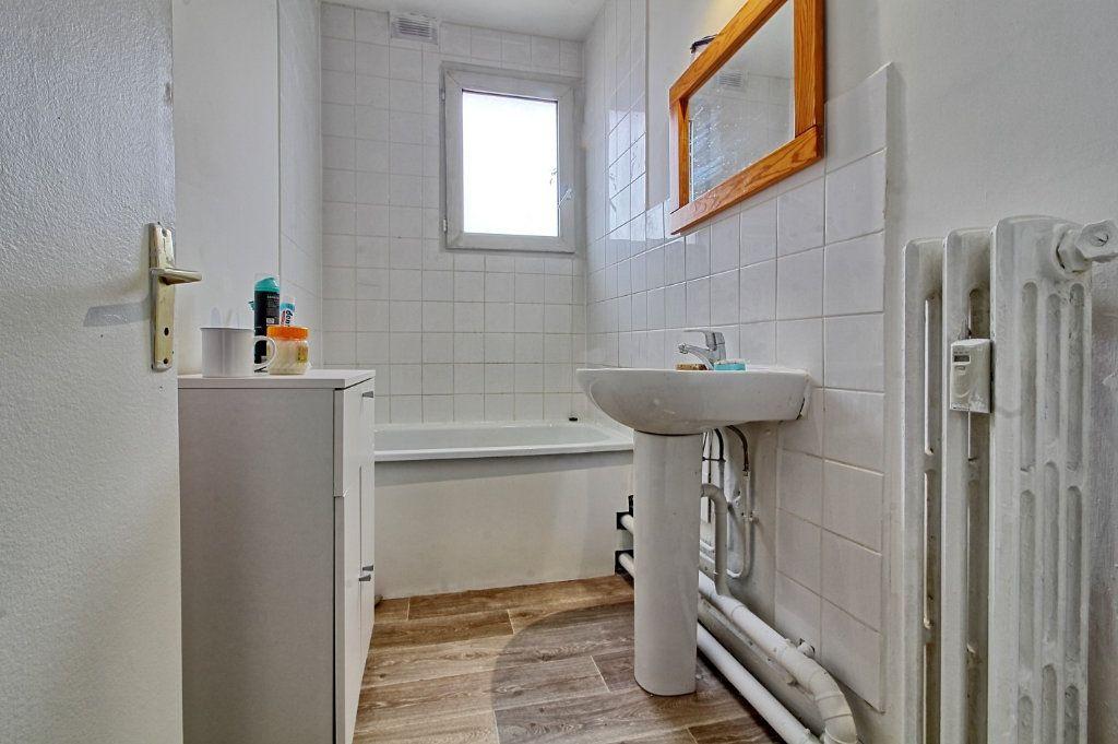 Appartement à louer 3 55m2 à Pont-Sainte-Maxence vignette-5