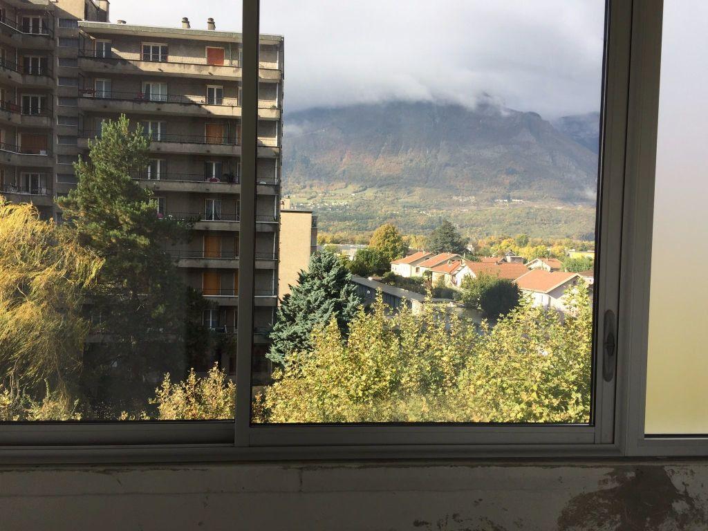 Appartement à louer 3 56m2 à Saint-Égrève vignette-5