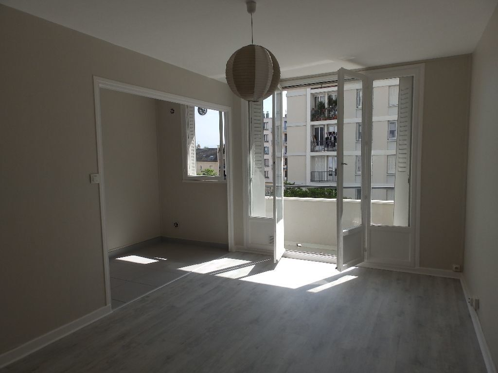 Appartement à louer 1 27m2 à Grenoble vignette-1