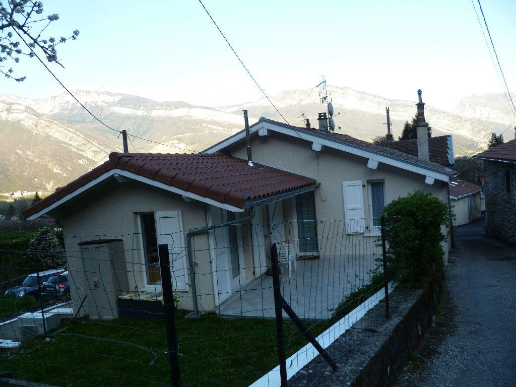 Maison à louer 3 60m2 à Veurey-Voroize vignette-4