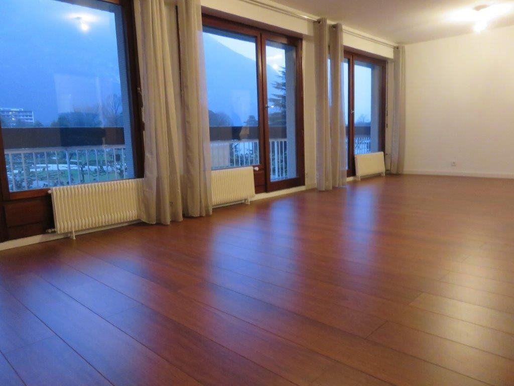 Appartement à vendre 4 85m2 à Saint-Égrève vignette-4