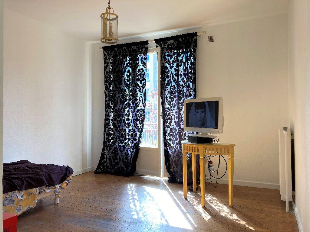 Appartement à vendre 1 28m2 à Fontaine vignette-9