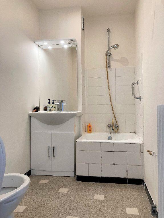 Appartement à vendre 1 28m2 à Fontaine vignette-11
