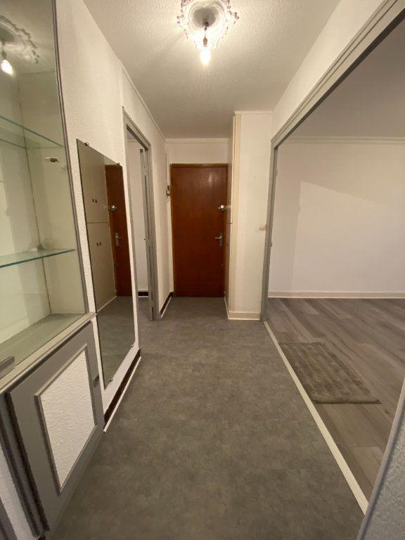 Appartement à louer 3 53.74m2 à Grenoble vignette-3