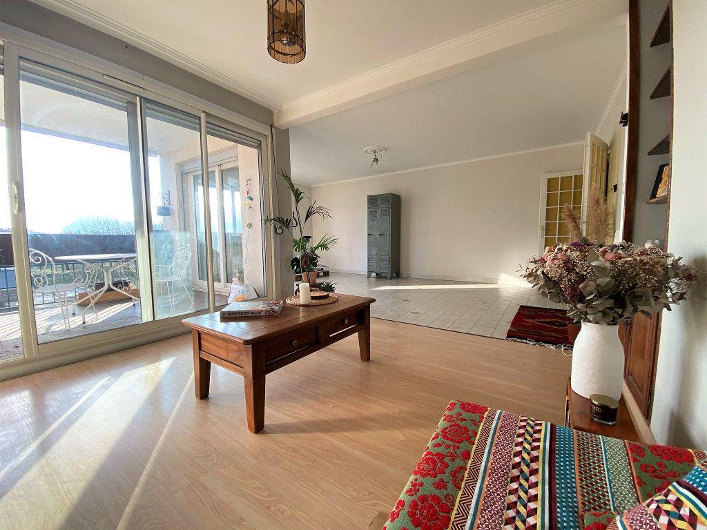 Appartement à vendre 4 88.09m2 à Seyssinet-Pariset vignette-3