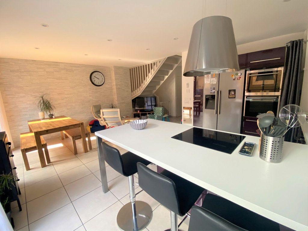 Maison à vendre 5 94.7m2 à Saint-Martin-d'Hères vignette-2
