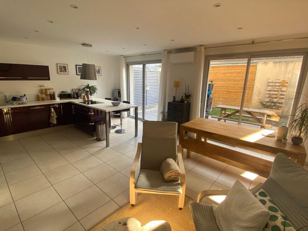 Maison à vendre 5 94.7m2 à Saint-Martin-d'Hères vignette-3