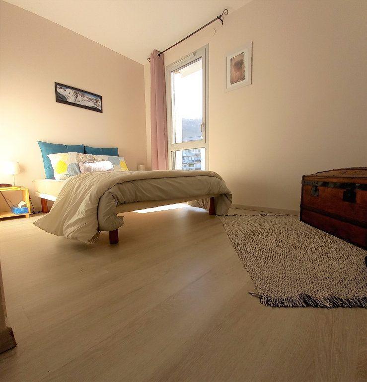 Maison à vendre 5 94.7m2 à Saint-Martin-d'Hères vignette-5