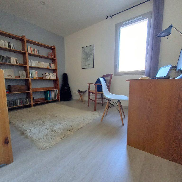 Maison à vendre 5 94.7m2 à Saint-Martin-d'Hères vignette-6