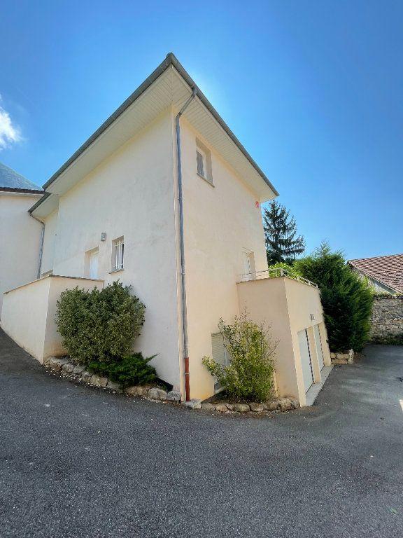 Maison à louer 4 96m2 à Fontanil-Cornillon vignette-1