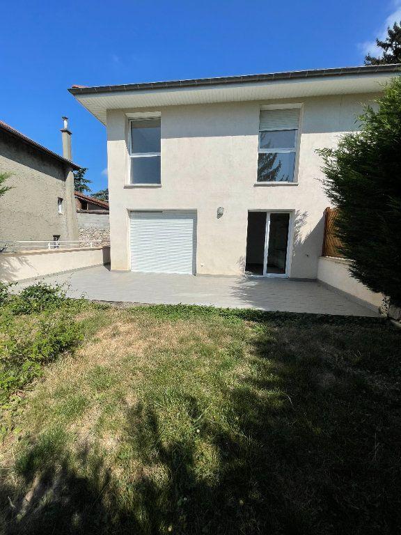 Maison à louer 4 96m2 à Fontanil-Cornillon vignette-2