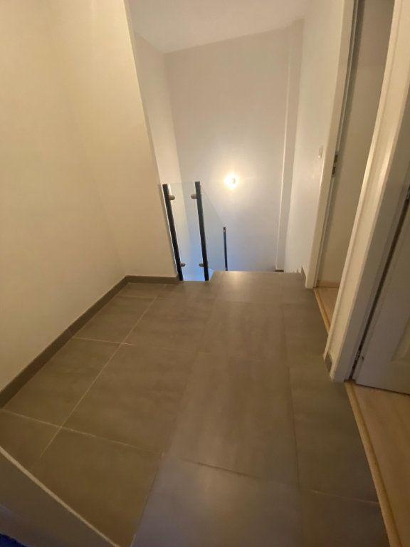 Maison à louer 4 96m2 à Fontanil-Cornillon vignette-5
