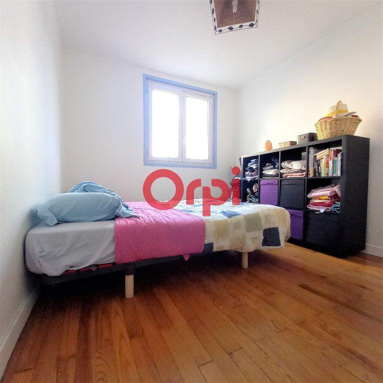 Appartement à vendre 3 50.49m2 à Saint-Égrève vignette-4