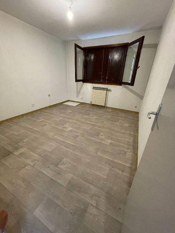 Appartement à louer 3 72.54m2 à Saint-Égrève vignette-5