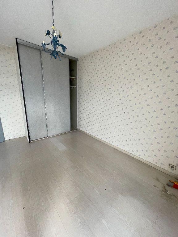 Appartement à louer 3 74.3m2 à Grenoble vignette-3