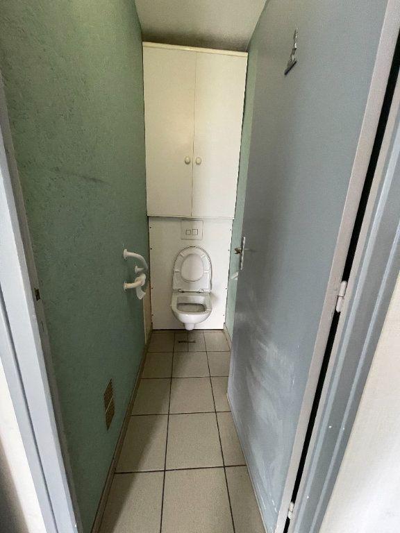 Appartement à louer 3 74.3m2 à Grenoble vignette-4