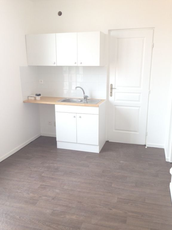 Appartement à louer 2 24m2 à Montreuil vignette-4