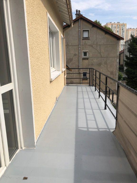 Appartement à louer 1 22m2 à Noisy-le-Sec vignette-8