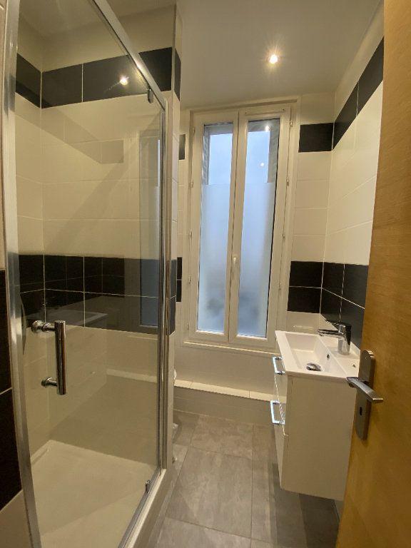 Appartement à louer 1 18m2 à Les Pavillons-sous-Bois vignette-6