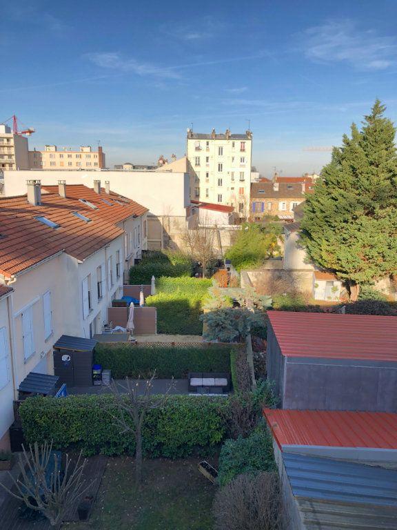 Appartement à louer 1 29m2 à Romainville vignette-8
