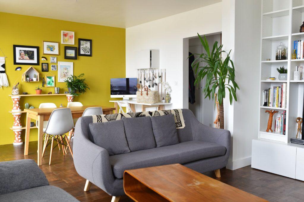 Appartement à louer 3 62m2 à Romainville vignette-3