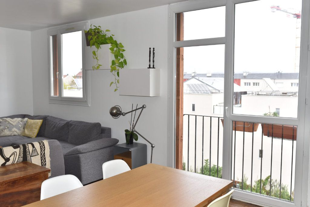 Appartement à louer 3 62m2 à Romainville vignette-4