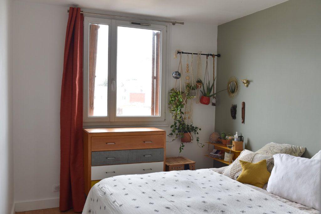 Appartement à louer 3 62m2 à Romainville vignette-7