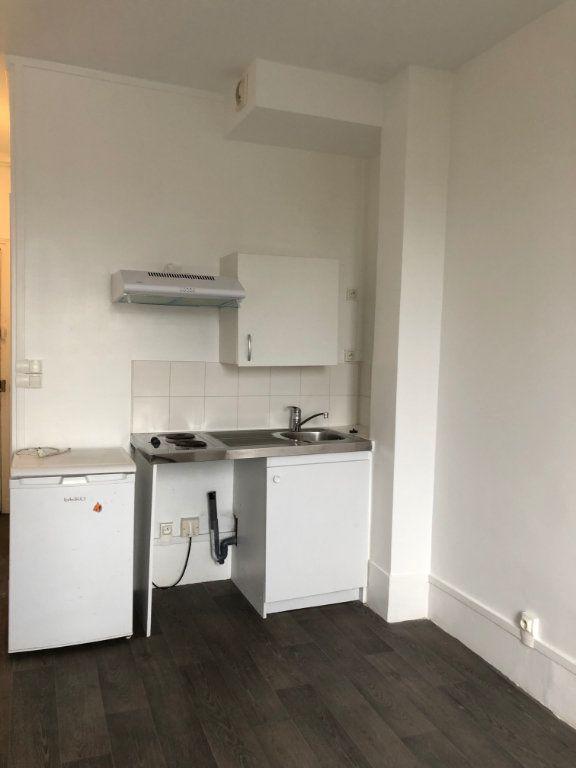 Appartement à louer 1 20m2 à Les Pavillons-sous-Bois vignette-4