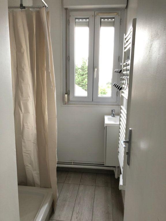 Appartement à louer 1 20m2 à Les Pavillons-sous-Bois vignette-5
