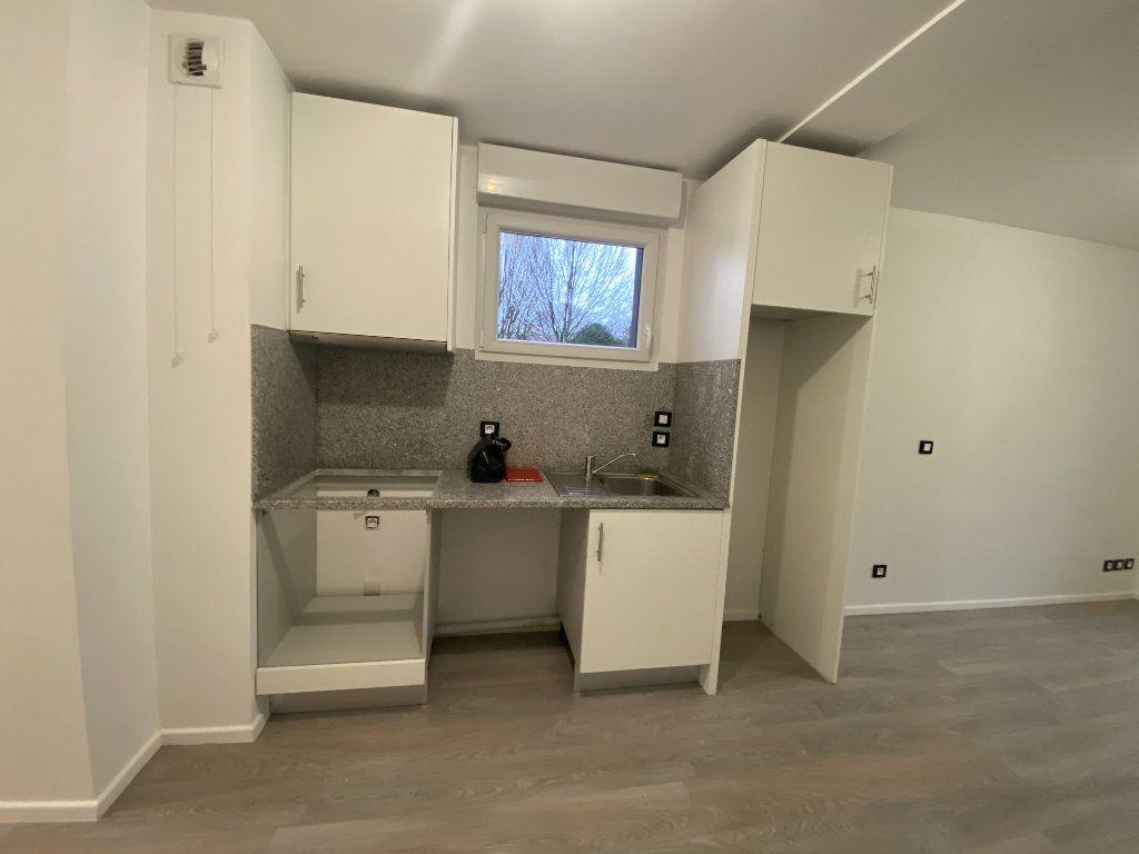 Appartement à louer 1 24m2 à Saint-Maur-des-Fossés vignette-5