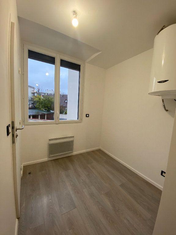 Appartement à louer 1 24m2 à Saint-Maur-des-Fossés vignette-6