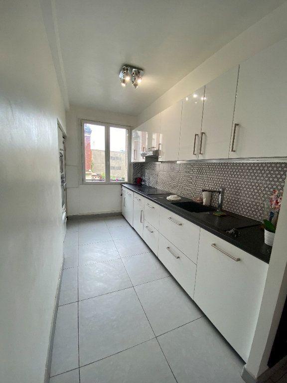 Appartement à louer 3 67m2 à Noisy-le-Sec vignette-4
