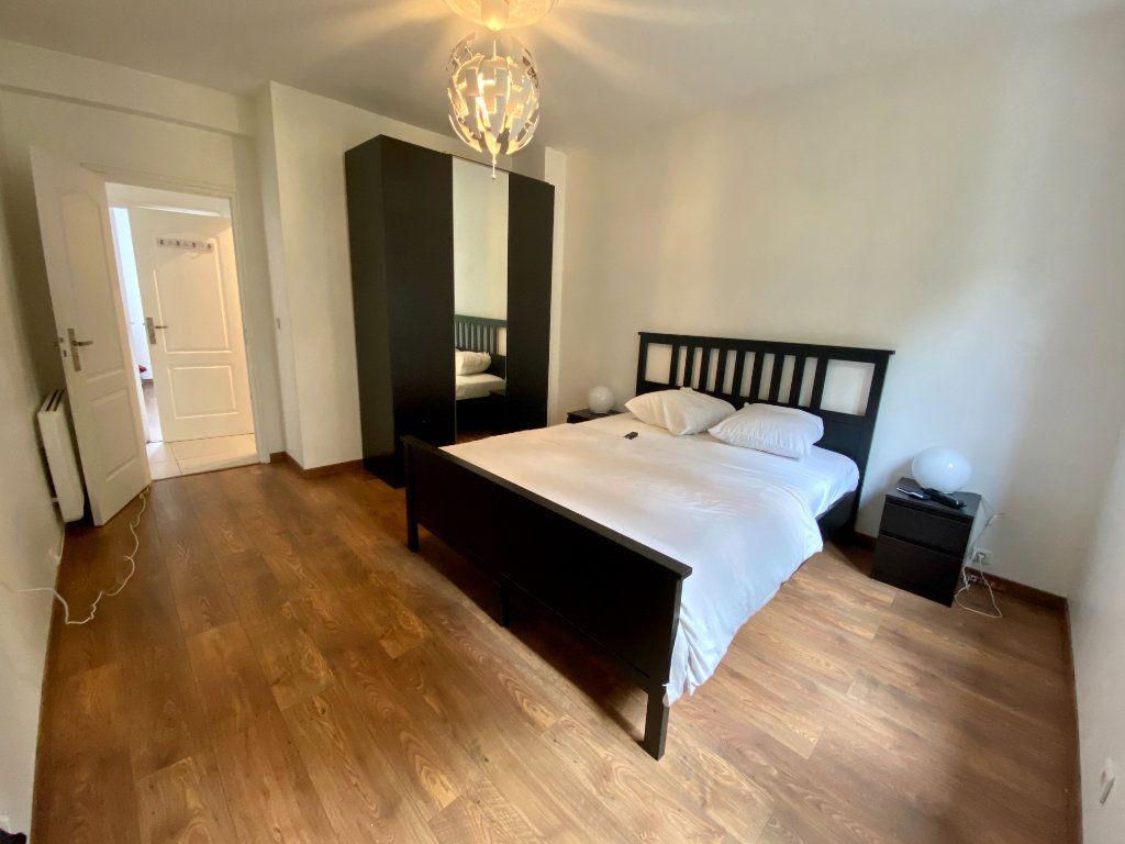 Appartement à louer 3 67m2 à Noisy-le-Sec vignette-6