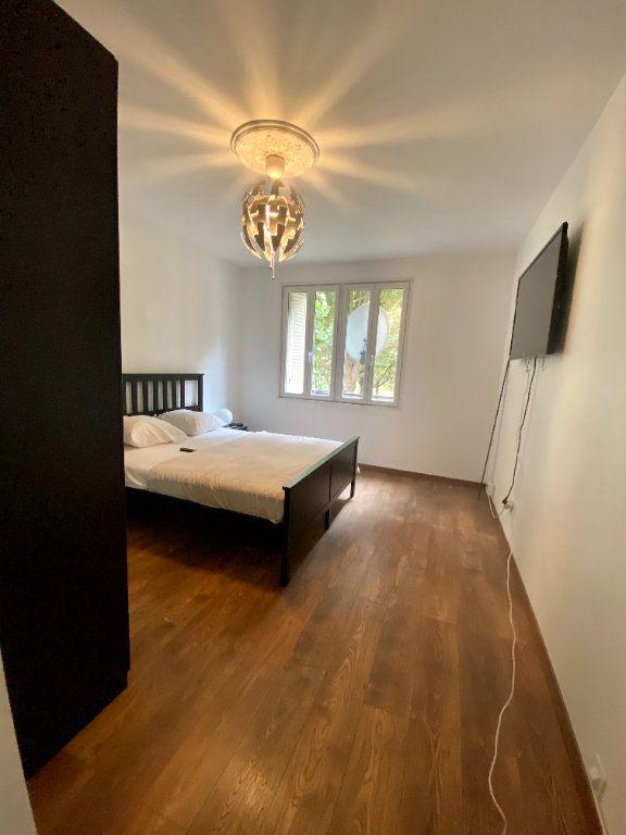 Appartement à louer 3 67m2 à Noisy-le-Sec vignette-7