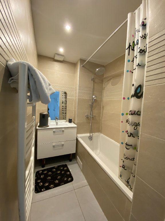 Appartement à louer 3 67m2 à Noisy-le-Sec vignette-10