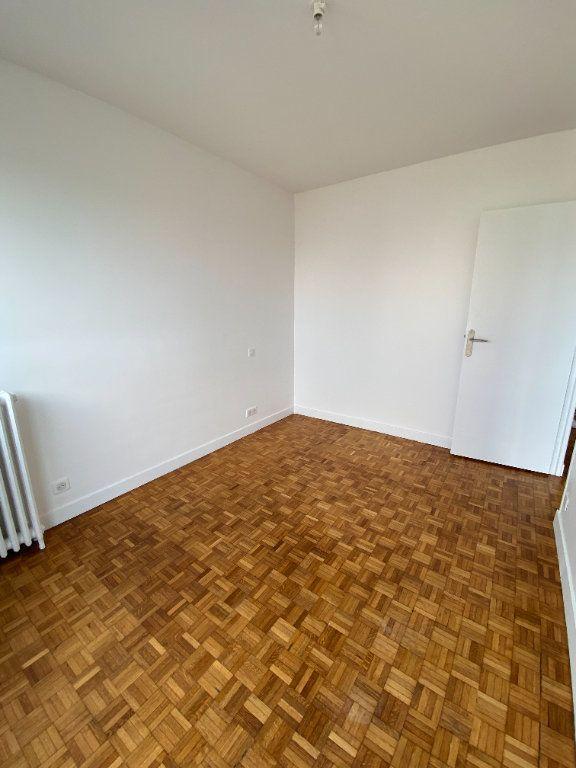 Appartement à louer 3 53m2 à Romainville vignette-7