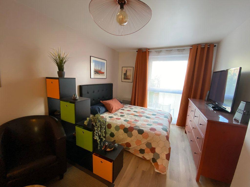 Appartement à louer 1 26.4m2 à Romainville vignette-5