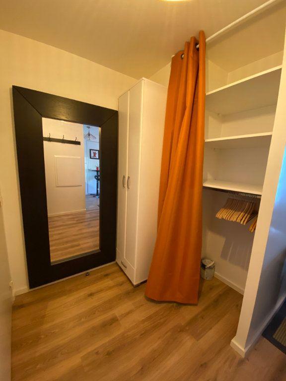 Appartement à louer 1 26.4m2 à Romainville vignette-6