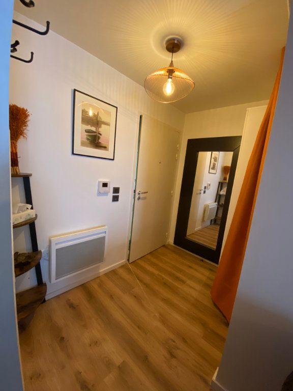 Appartement à louer 1 26.4m2 à Romainville vignette-7