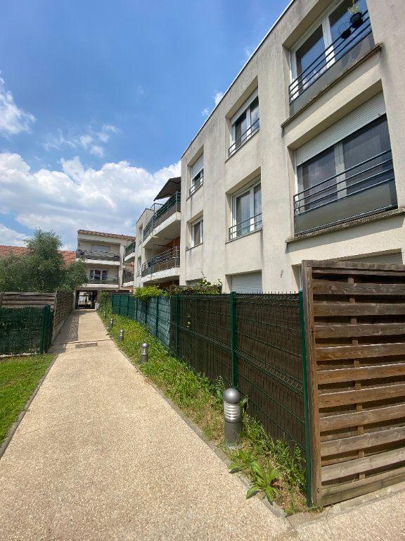Appartement à louer 3 60m2 à Romainville vignette-7