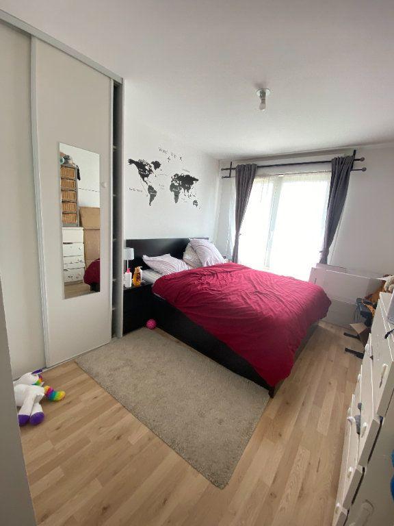 Appartement à louer 3 60m2 à Romainville vignette-8