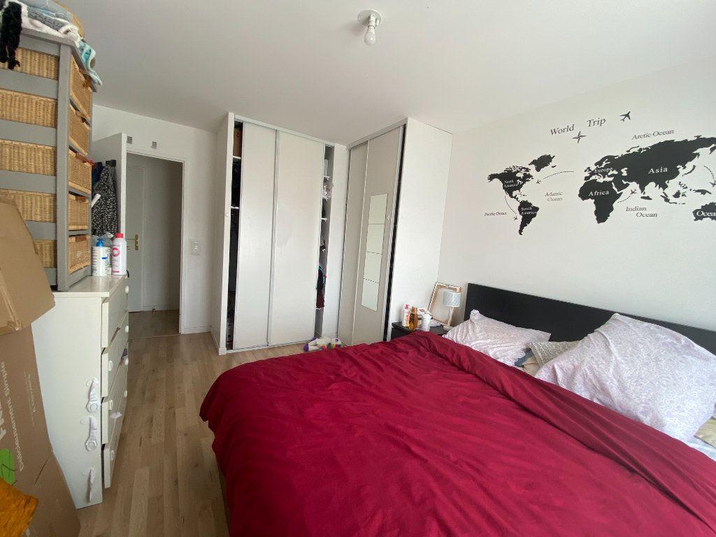 Appartement à louer 3 60m2 à Romainville vignette-9