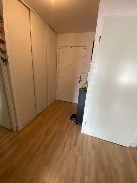 Appartement à louer 3 60m2 à Romainville vignette-13