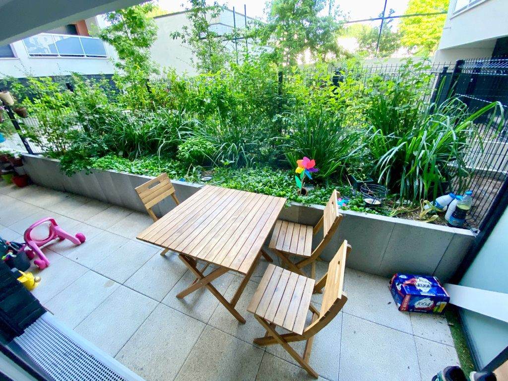 Appartement à vendre 3 67.2m2 à Noisy-le-Sec vignette-7